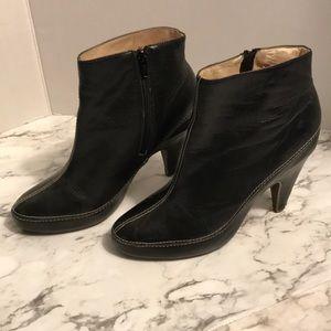 Matiko Black Leather Booties Size 9.5